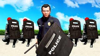 Joining THE RIOT POLICE in GTA 5!