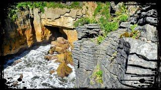 POWERFUL Punakaiki! Pancake Rocks and MORE Easy Walks